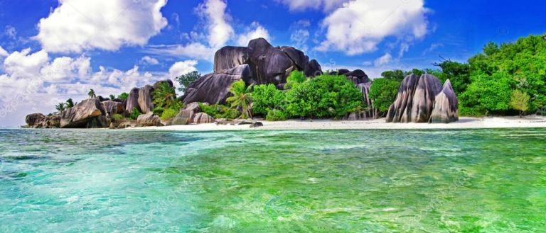 depositphotos_27258277-stock-photo-amazing-seychelles-la-digue-island (1)