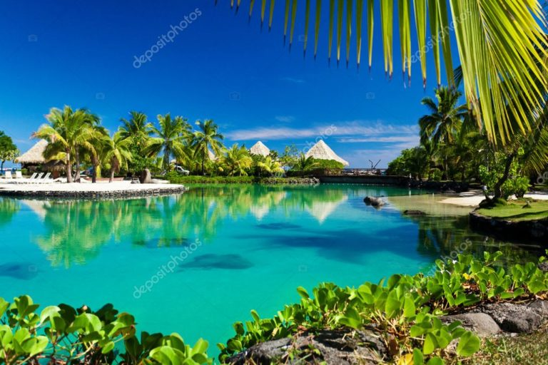 depositphotos_9186156-stock-photo-tropical-resort-with-a-green